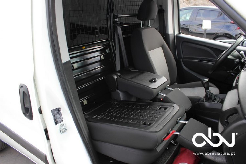 Fiat - Doblo  1.3 Mjet-2 95 Maxi