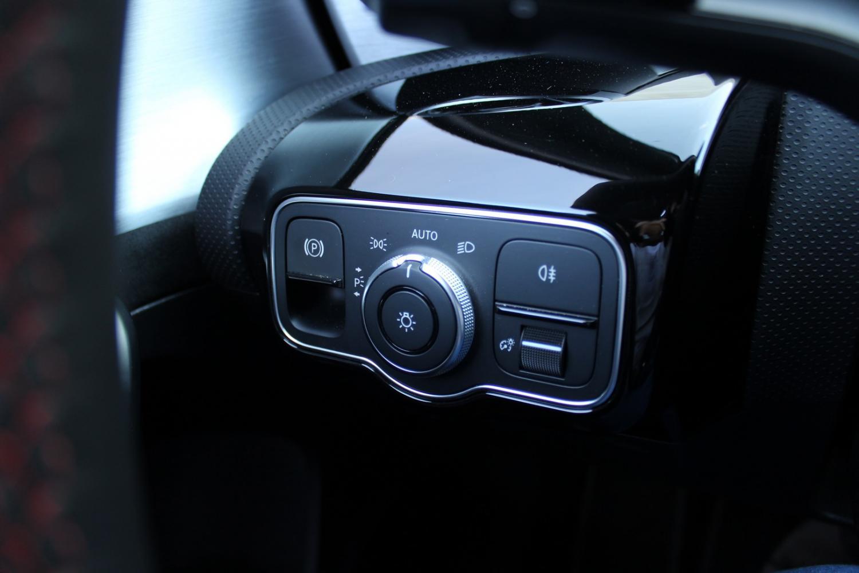 Mercedes-Benz - A 180  d AMG