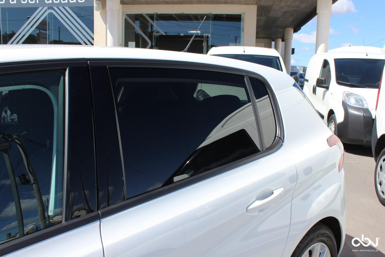Peugeot - 308  Style 1.2 PureTech 130