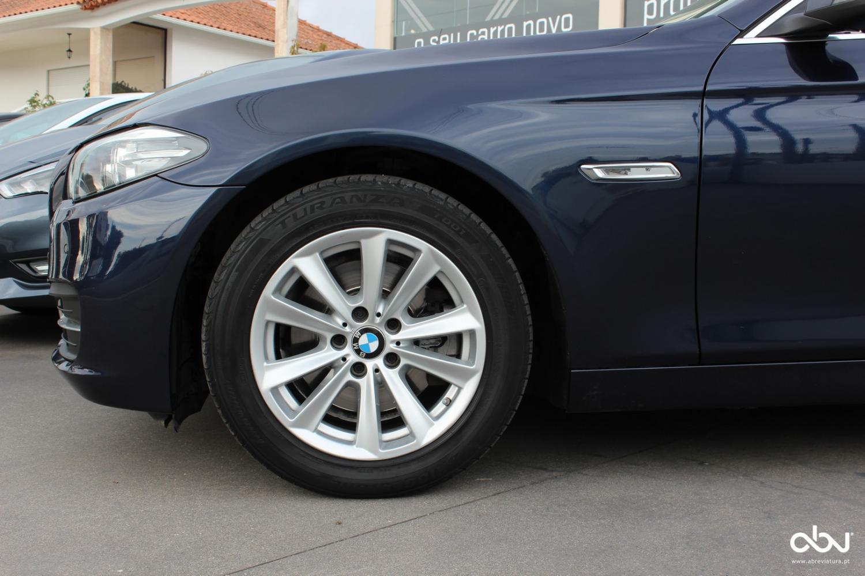 BMW - 520  D auto