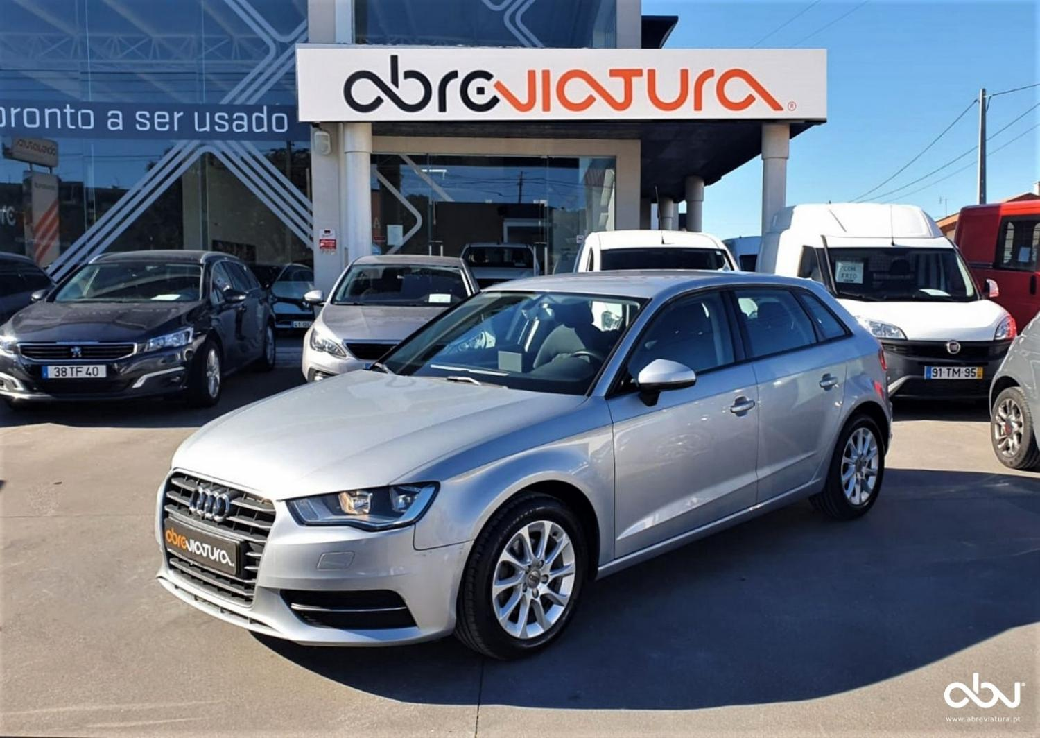 Audi - A3 Sportback  1.6 TDI Advance Ultra
