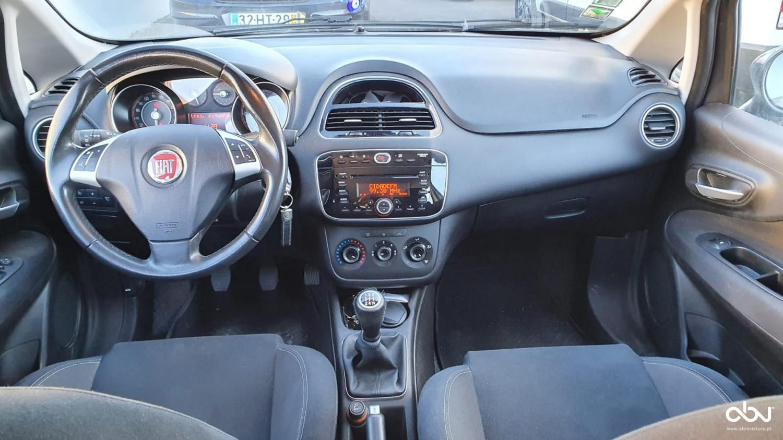 Fiat Punto  1.3 Mjet S/S  Fátima Abreviatura