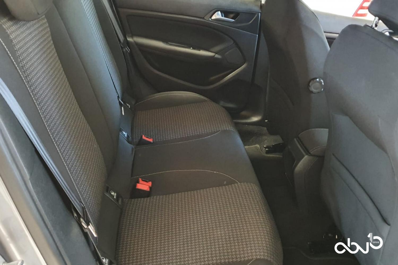 Peugeot 308  1.6 BlueHDi Active   Fátima Abreviatura