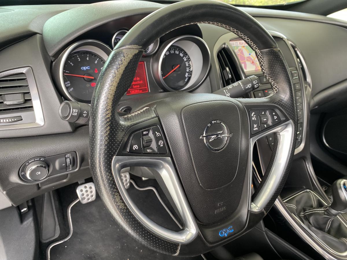 Opel Astra GTC 2.0 OPC 280CV